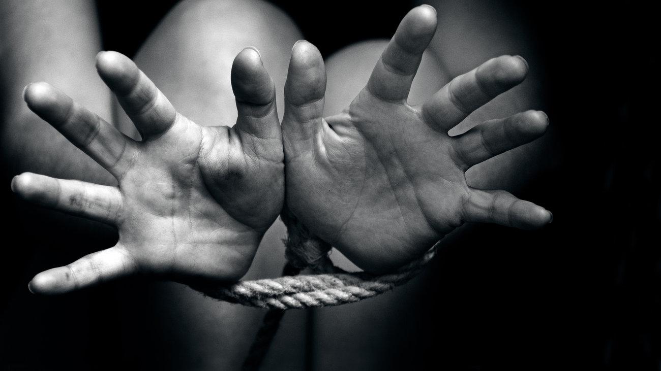 Απαγωγή 4χρονου στην Ελλάδα - ''Το παιδί κινδυνεύει