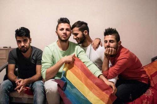 Μέσα στο κέντρο φιλοξενίας στο Βερολίνο για ομοφυλόφιλους πρόσφυγες