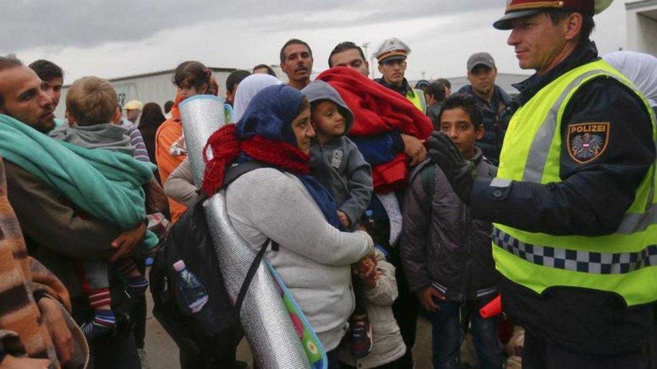 Γερμανία: Δεν ξέρουν που βρίσκονται 130.000 μετανάστες!