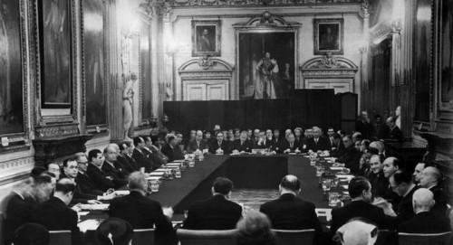 Η Ευρώπη διέγραψε τα χρέη της Γερμανίας σαν σήμερα
