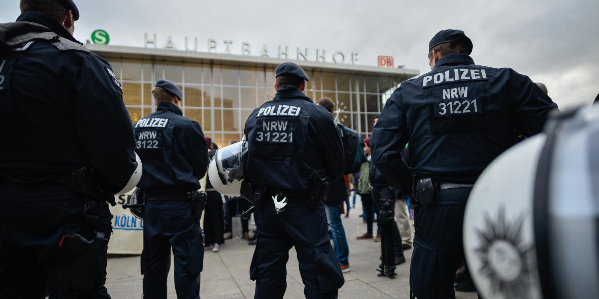 Νέο «κύμα» σεξουαλικών παρενοχλήσεων από μετανάστες στη Γερμανία