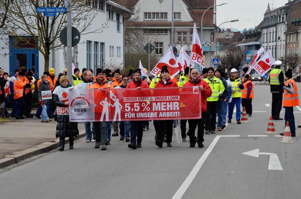 Γερμανία: Πιέσεις για Μισθοδολογικές Αυξήσεις