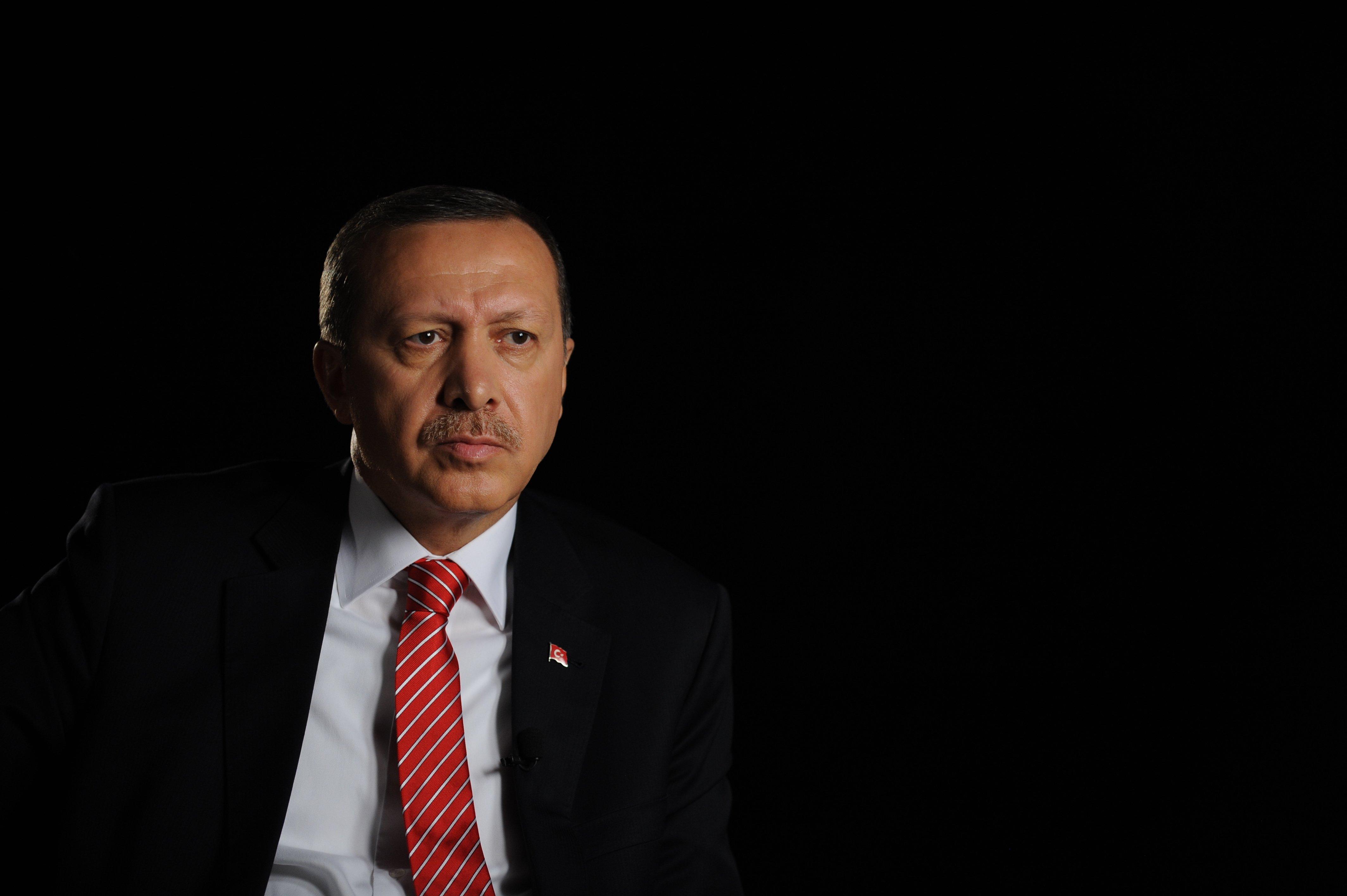 Γερμανία: Δίωξη του κωμικού για σάτιρα εναντίον Ερντογάν