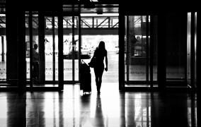 Ελληνίδα μάνα του εξωτερικού: Βαρέθηκα να μου λένε «εσύ δε δικαιούσαι να μιλάς, δεν ζεις εδώ»