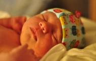 Έρευνα: Γιατί δεν πειράζει να κλαίει το μωρό πριν κοιμηθεί