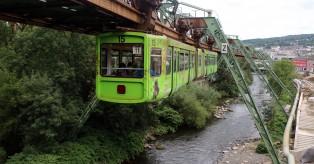 Έχετε κάνει βόλτα με το Εναέριο Τρένο του Wuppertal;