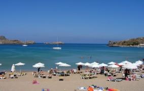 Μειωμένα τα έσοδα στην Ελλάδα παρά την αύξηση του τουρισμού