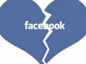 Το Facebook και τα Social Media καταστρέφουν τις σχέσεις