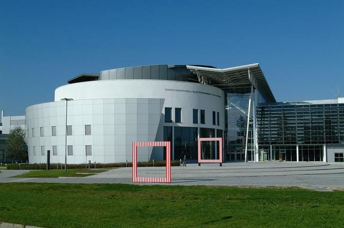 Tech_Univ_Munich,_Location_Garching