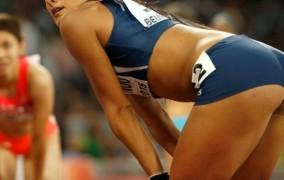 Κύπρια αθλήτρια και φαν της ΑΕΚ «κόλασε» το Μόναχο (pics)