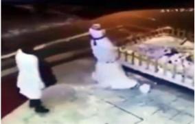 Η Τουρκάλα που μισεί τον χιονάνθρωπο έγινε viral (video)
