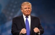 Ο Τραμπ ξεκινά τις πρώτες απελάσεις