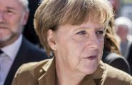 Δημοσκόπηση: Τρίτο κόμμα το ξενοφοβικό AfD - Μικρή πτώση για το CDU της Μέρκελ