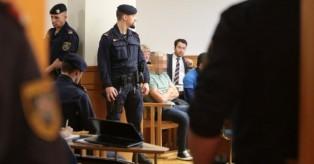 Γερμανία: Δικάζεται Ιρακινός που φωτογραφήθηκε με δύο κομμένα κεφάλια τζιχαντιστών
