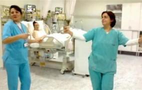 Σάλος στην Τουρκία από τον χορό της κοιλιάς γιατρών και νοσοκόμων σε Μονάδα Εντατικής Θεραπείας