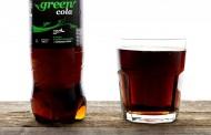 Γερμανία: Αυτό το Πάσχα οι Έλληνες πίνουν τη Ρετσίνα τους μόνο με GREEN COLA