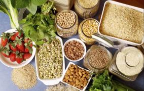 Mεγάλη Εβδομάδα: Μια ευκαιρία υγιεινής διατροφής! Προσοχή όμως...