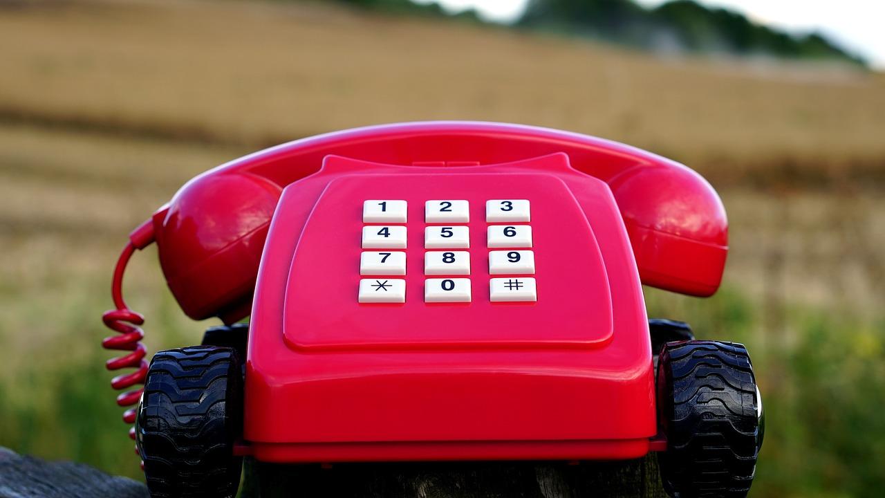 Γερμανία: Πώς να μη δέχεστε κλήσεις για πωλήσεις από εταιρείες κινητής καιΤράπεζες