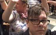 Ο πιο άτυχος... τυχερός τουρίστας: Ήταν στο Λονδίνο το Σάββατο και σήμερα στην Παναγιά των Παρισίων!