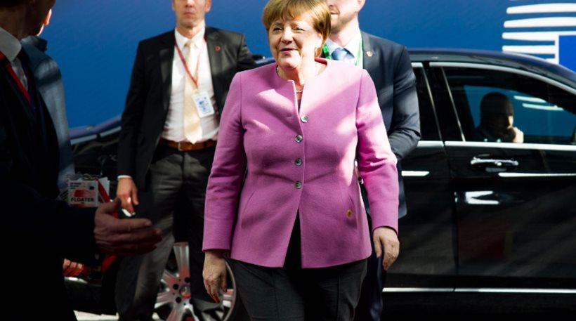 Γερμανία: Σταθερό προβάδισμα Μέρκελ δείχνει νέα δημοσκόπηση