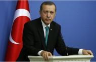 «Tο μακρύ χέρι του Ερντογάν φθάνει και στην Ευρώπη» λέει Γερμανός συγγραφέας τουρκικής καταγωγής