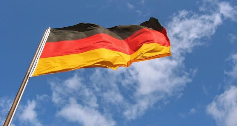 Γερμανία: Η χώρα όπου πληρώνεις για τις καταθέσεις σου