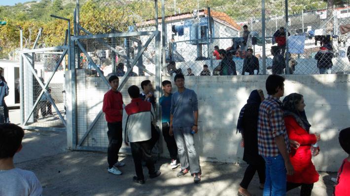 Deutsche Welle: Πρόσφυγες παγιδευμένοι στη Σάμο