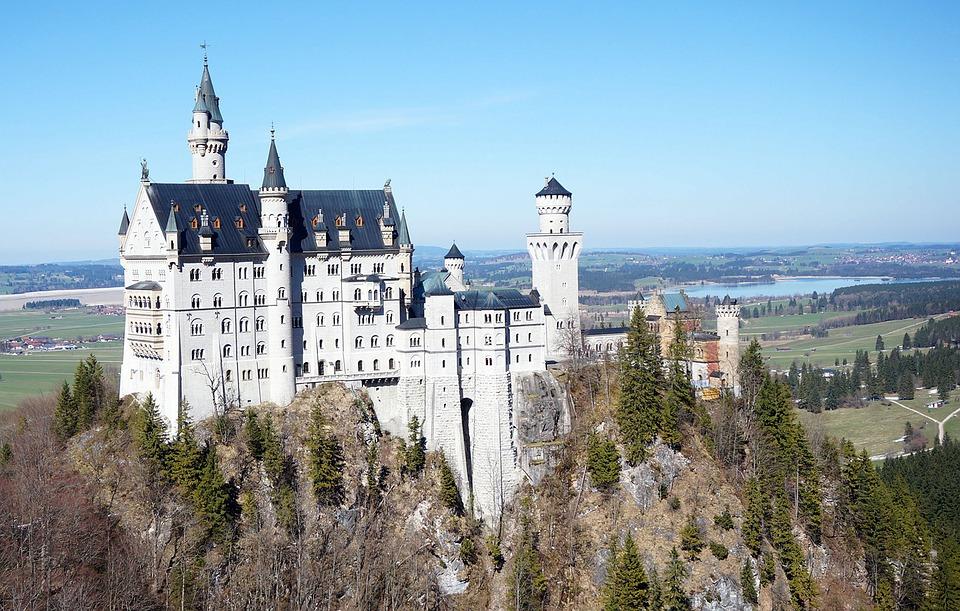 Γερμανία: Αυτές είναι οι 10 πιο όμορφες μικρές πόλεις της χώρας, σύμφωνα με το Instagram