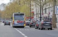 Γερμανία: Επιτρέπεται η οδήγηση στη λωρίδα των λεωφορείων; Δείτε τι ισχύει