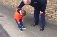 Η απίστευτη αντίδραση του μικρού γιου ενός στρατιωτικού όταν βλέπει τον μπαμπά του μετά από 6 μήνες