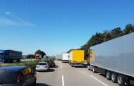 Γερμανία: Τι είναι η λωρίδα έκτακτης ανάγκης (Rettungsgasse) και πόσο σημαντική είναι η δημιουργία της σε περιπτώσεις ανάγκης - Δείτε σχετικό βίντεο