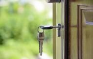 Γερμανία: Επιτρέπεται να κλειδώσετε την κεντρική πόρτα της πολυκατοικίας, φοβούμενοι τους διαρρήκτες; Δείτε τι ισχύει