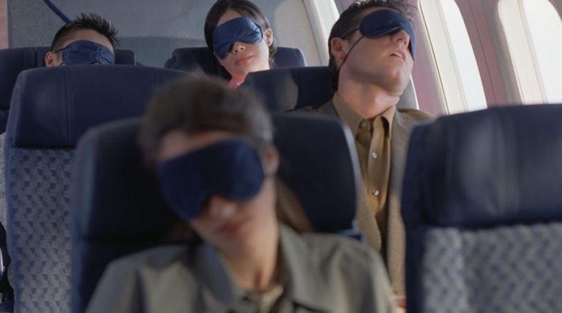Γιατί είναι επικίνδυνο να κοιμόμαστε στην απογείωση (και δεν έχει να κάνει με λόγους ασφαλείας)