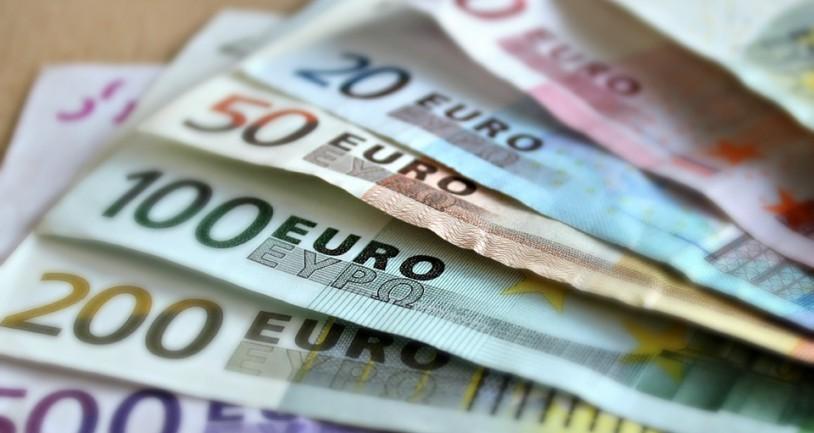 Κι όμως … πολλοί Γερμανοί προτιμούν να φυλάνε τα χρήματά τους στα σπίτια τους