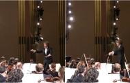 Αστείο βίντεο: Συμφωνική ορχήστρα «κοψοχολιάζει» γυναίκα που είχε... αποκοιμηθεί σε συναυλία