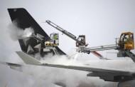 Γερμανία: Εκατοντάδες ακυρώσεις πτήσεων στη Φρανκφούρτη λόγω χιονιά