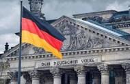 Γερμανία: Δημοφιλέστερος όλων ο Σόιμπλε!- Το 70% πιστεύει στο