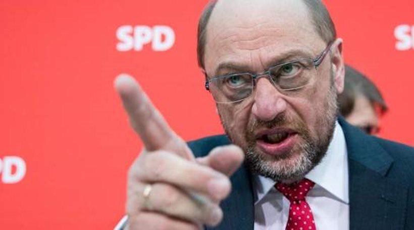 Γερμανία: Αναταράξεις στο εσωτερικό του SPD για τον μεγάλο συνασπισμό