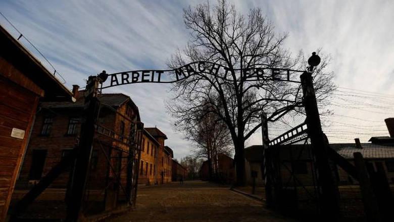 Ντιμπέιτ στη Γερμανία για τις σχολικές εκδρομές σε στρατόπεδα συγκέντρωσης