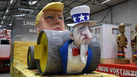 Κολωνία: Η πολιτική κυριαρχεί και φέτος στο Καρναβάλι