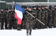 Γαλλία: Ο Μακρόν κάνει υποχρεωτική τη στρατιωτική θητεία για άνδρες και γυναίκες