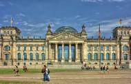 Βερολίνο: Όλα όσα πρέπει να ξέρεις για την πιο κουλ πόλη, από τον Νίκο Κοκλώνη