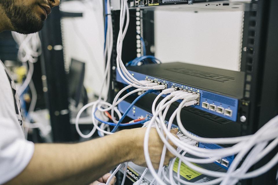 Γερμανία: Πελάτες της D. Telekom πληρώνουν μέχρι και 45% περισσότερα για ίντερνετ