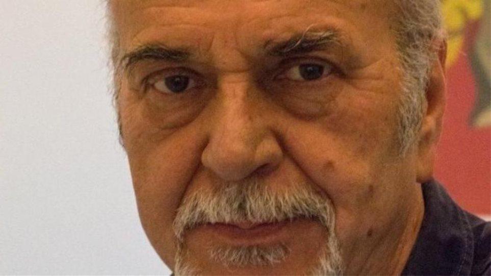 Πέθανε ο ηθοποιός Ηλίας Πετροπουλέας - Έπαθε ανακοπή σε γύρισμα με αλεξίπτωτα