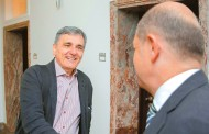Ελλάδα: Η Γερμανία και άλλες έξι χώρες ζητούν νέο μνημόνιο για την ελάφρυνση του χρέους