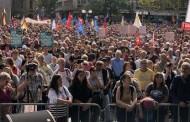 Κολωνία: Χιλιάδες άνθρωποι στις διαδηλώσεις κατά του ρατσισμού
