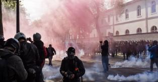 Φρανκφούρτη: Άγρια συμπλοκή εφήβων με αστυνομικούς – 1 τραυματίας