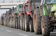 Ελλάδα: Οι αγρότες την κόβουν στα δύο