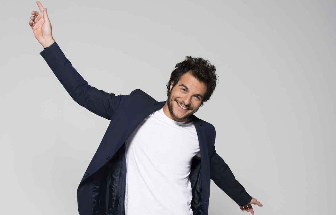 Δείτε το Γάλλο εκπρόσωπο της Eurovision να τραγουδάει Βολάνη
