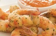 Η συνταγή της ημέρας: Γαρίδες πανέ με σάλτσα ντομάτας